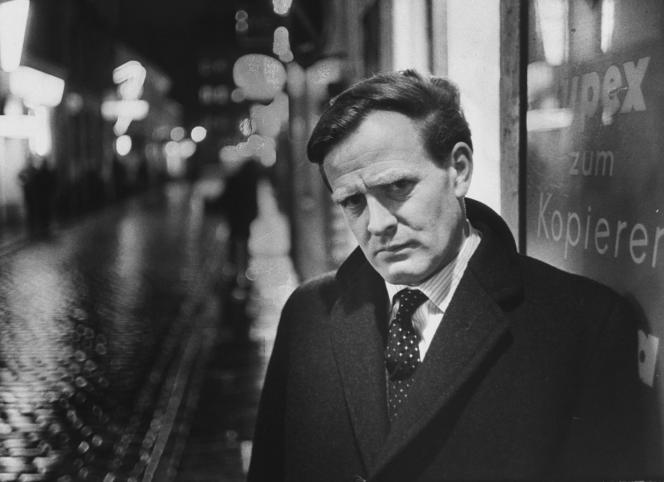 [Monde] Le maître du roman d'espionnage John le Carré est mort à l'âge de 89 ans