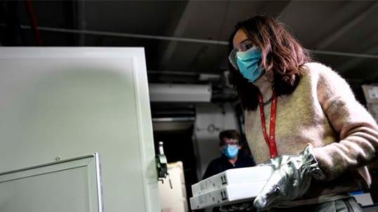 [Monde] Covid-19 : la France entame sa campagne de vaccination ce dimanche