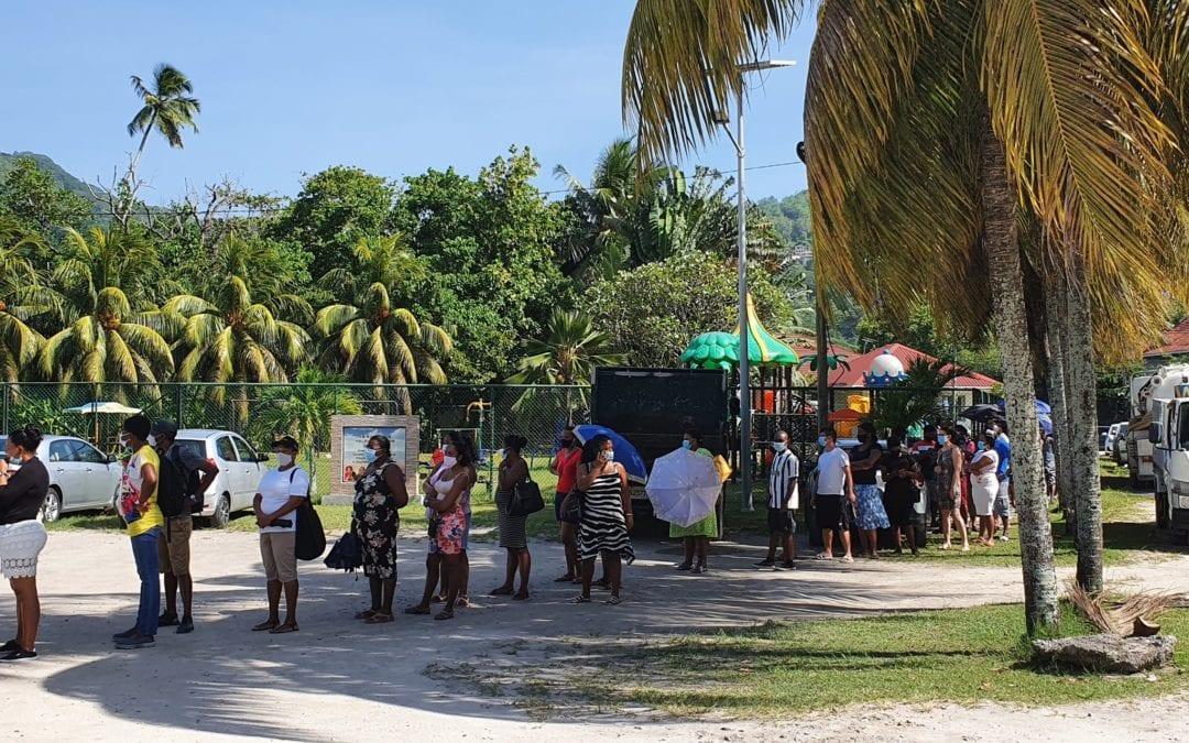 [Monde] Aux Seychelles : La vaccination des travailleurs essentiels se poursuit