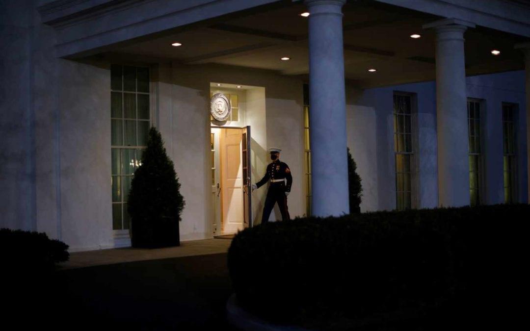 [Monde] Donald Trump évite Joe Biden avant de quitter la Maison Blanche