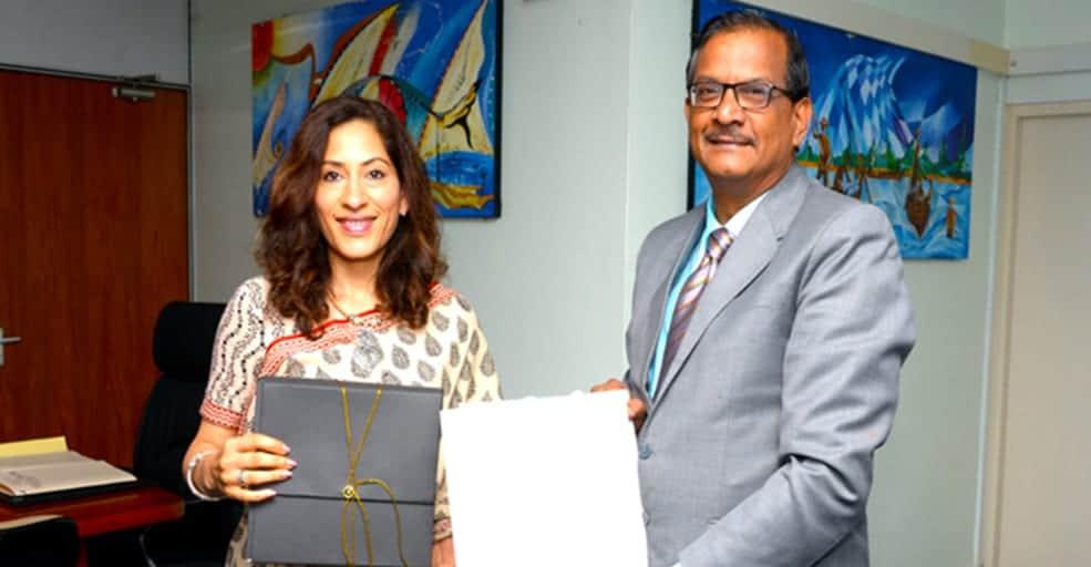 Lutte contre la pêche illégale : Nandini Singla rencontre Sudheer Maudhoo