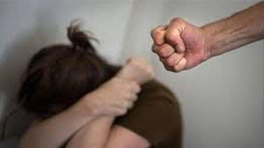 Insultée et battue dans une voiture : Arrestation du mari de Preety