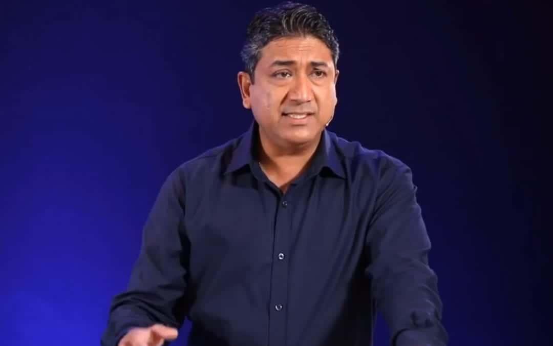Sherry Singh rappelle qu'il descend d'un empereur légendaire de l'Inde
