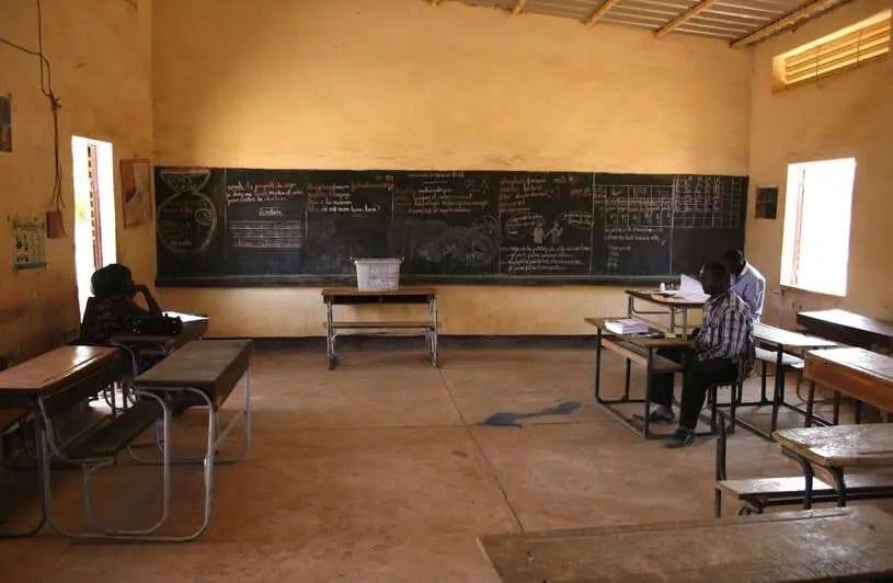 Niger : une vingtaine d'écoliers morts dans un incendie à Niamey