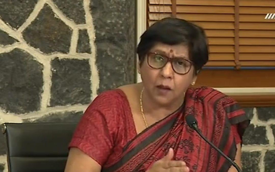 Leela Devi Dookhun : « Pas zoune camarad apre lexamen. Pas tarder et ress dan la cour lecol »