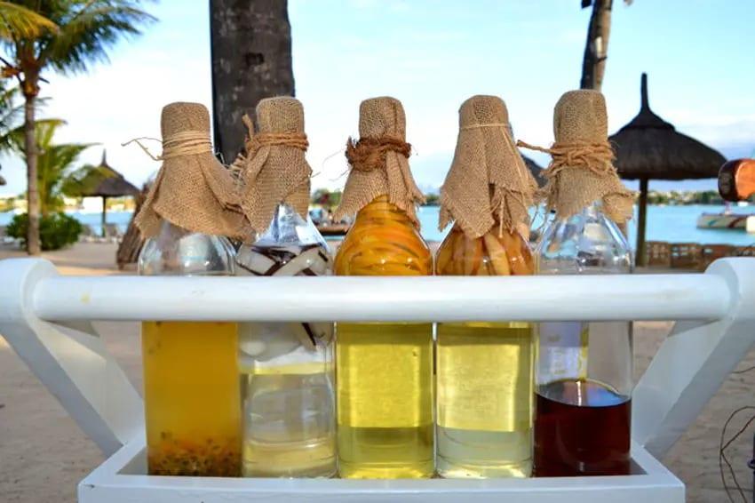 Les multiples marques de rhum à Maurice sont distribuées par trois principaux fournisseurs