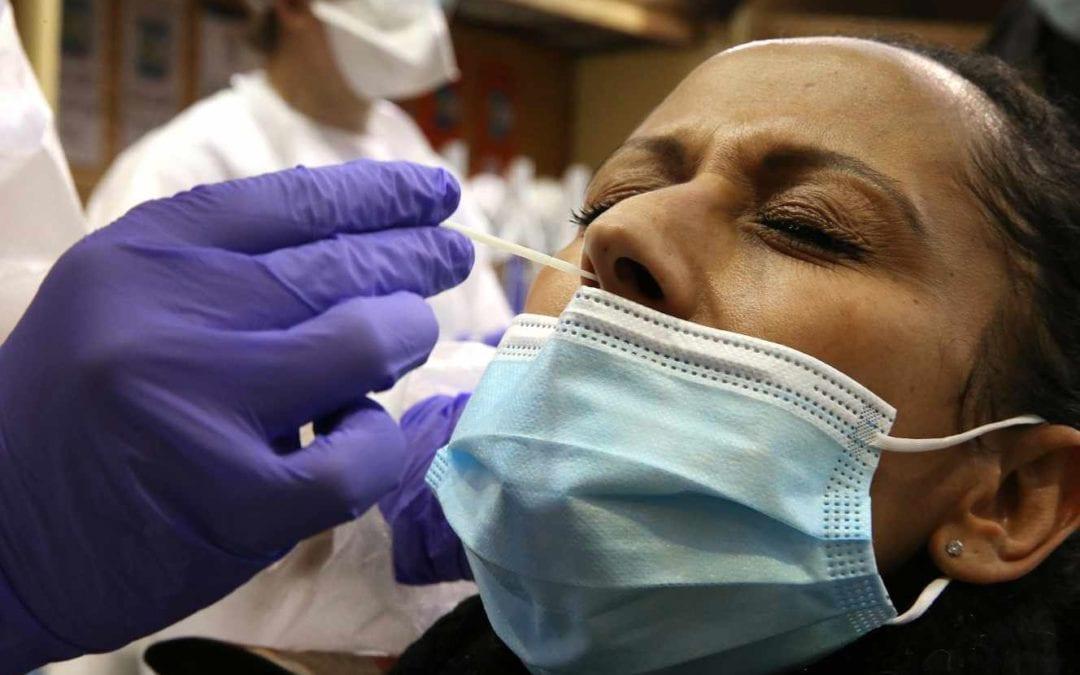 [Monde] Covid-19 : les tests naso-pharyngés « ne sont pas sans risque », prévient l'Académie de médecine