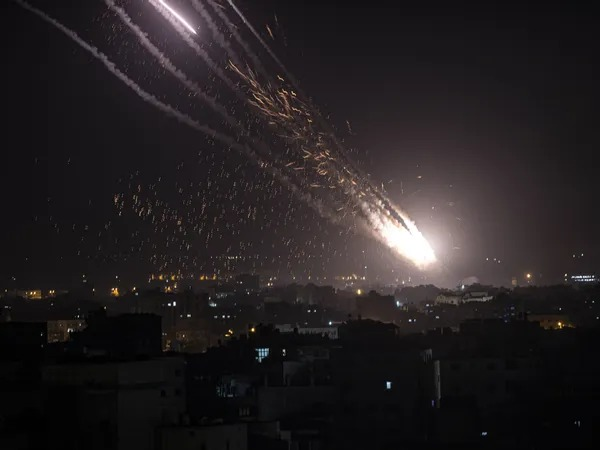 Israël bombarde le Liban en réponse aux tirs de roquettes