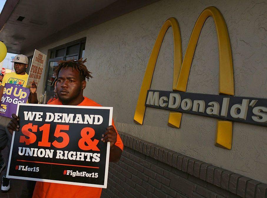 McDonald's augmentera les salaires pour attirer de nouveaux travailleurs