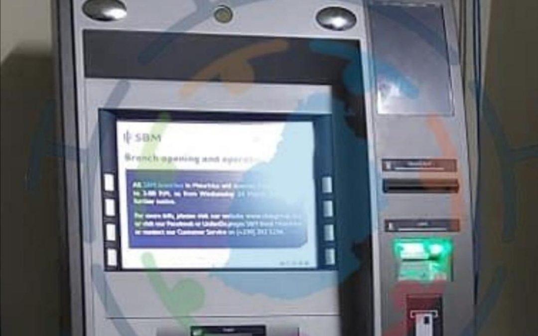 SBM : Installation de guichet automatique mobile à Vallée-Pitot