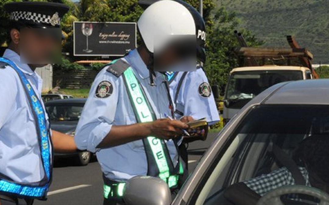Un conducteur ivre percute une voiture de police