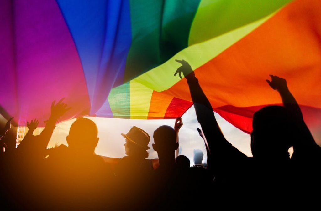 """Pride Month : """"Un mois qui célèbre l'amour sous toutes ses formes"""""""
