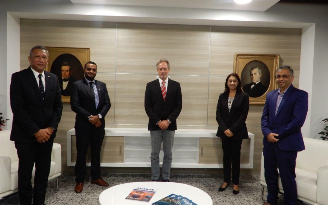 Signature d'un protocole d'accord entre la MCCI et la JCI Mauritius
