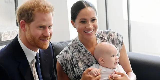 Lilibet 'Lili' Diana Mountbatten-Windsor, fille de Harry et Meghan, est née