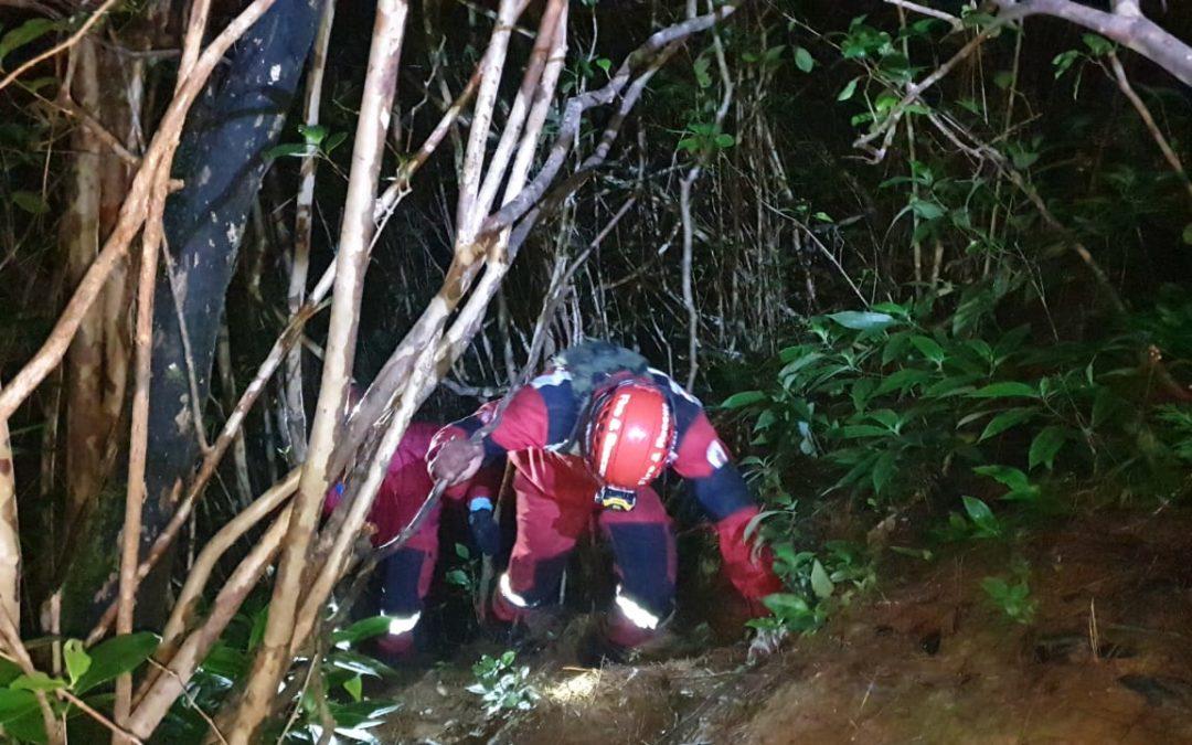 Alexander Falls : Six personnes secourues, deux pompiers blessés en les sauvant
