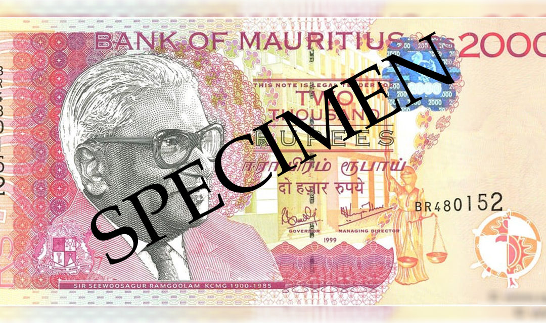 Un officier de police se présente à la BoM avec un faux billet de Rs 2 000