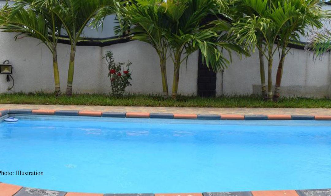 Trou-aux-Biches : Une femme de 77 ans meurt noyée dans une piscine