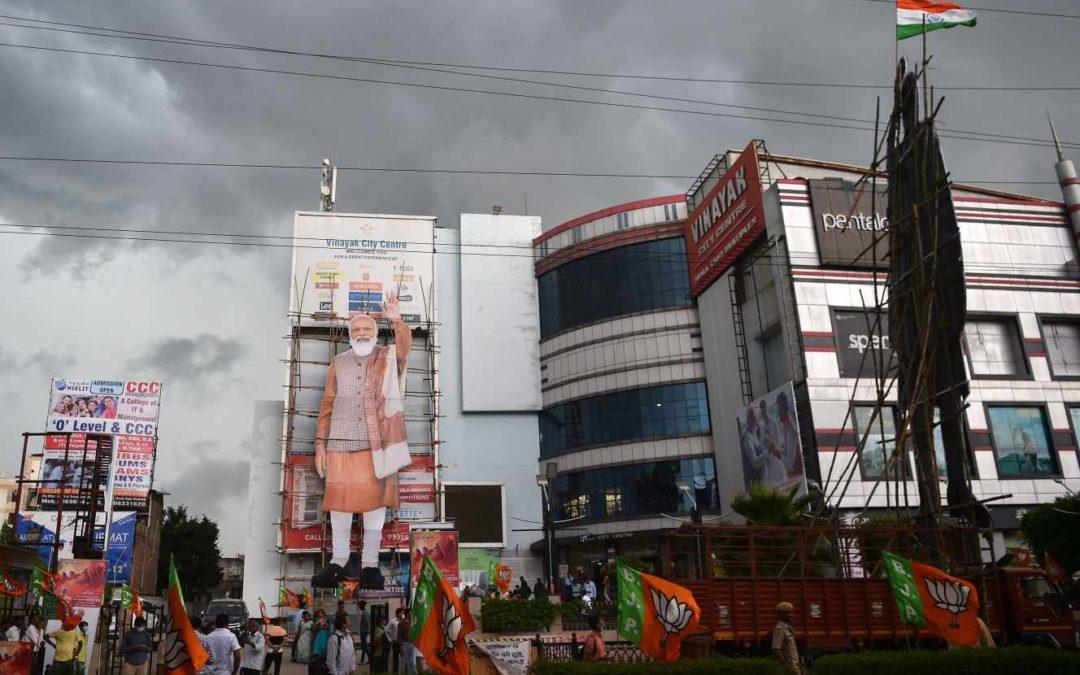 « Happy birthday Modiji », en Inde, un anniversaire géant pour réhabiliter le premier ministre