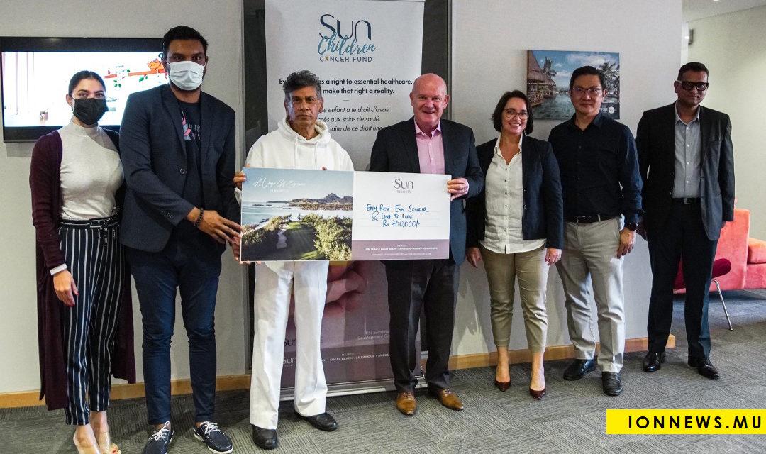 Cancer infantile : Sun Resorts remet un chèque à Link to Life et Enn Rev Enn Sourir