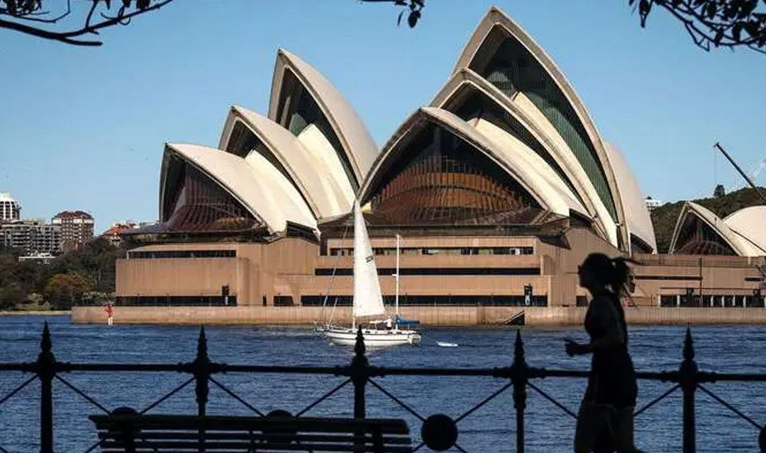 Australie : Sydney célèbre la fin du confinement de 107 jours